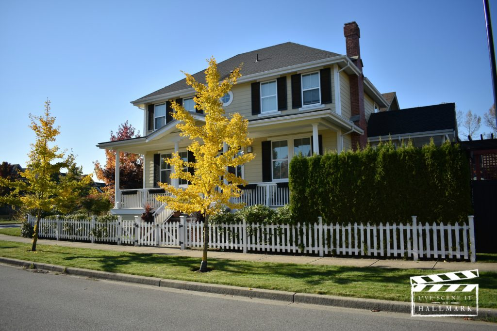 Summer of Dreams house by Kerry as featured on I've Scene It On Hallmark